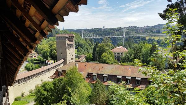 Les tours et remparts de la ville de Fribourg